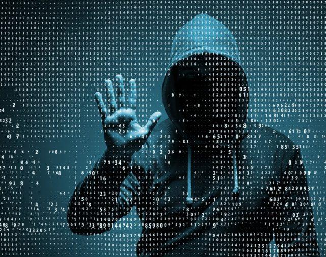 ¿Cómo defender nuestra información en el ciberespacio?